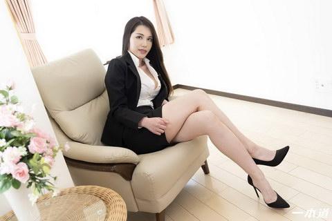 働きウーマン ~仕事もセックスにも厳しいセクハラ女上司~ 上山奈々
