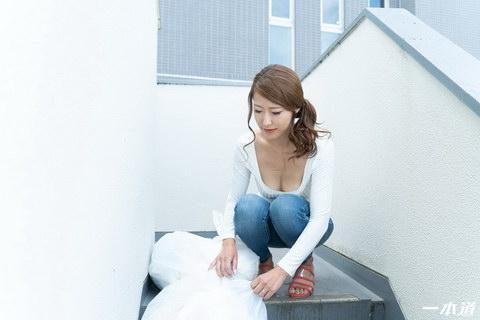 朝ゴミ出しする近所の遊び好きーブラ奥さん 杉山千佳