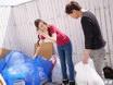 朝ゴミ出しする近所の遊び好きノーブラ奥さん 古瀬玲