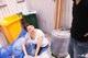 朝ゴミ出しする近所の遊び好き隣のノーブラ奥さん 彩月あかり
